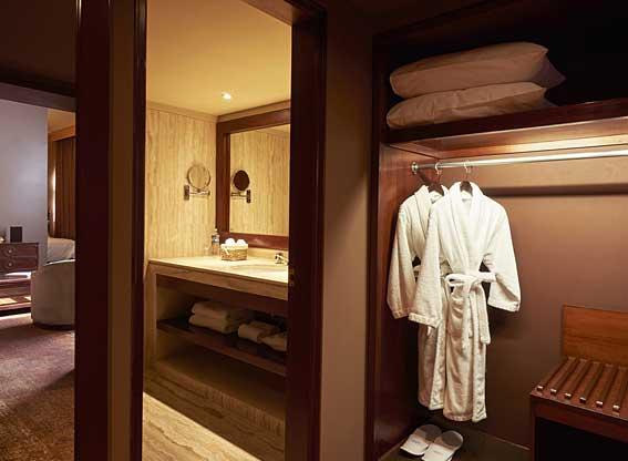 Libertador Arequipa Junior Suite Bathroom