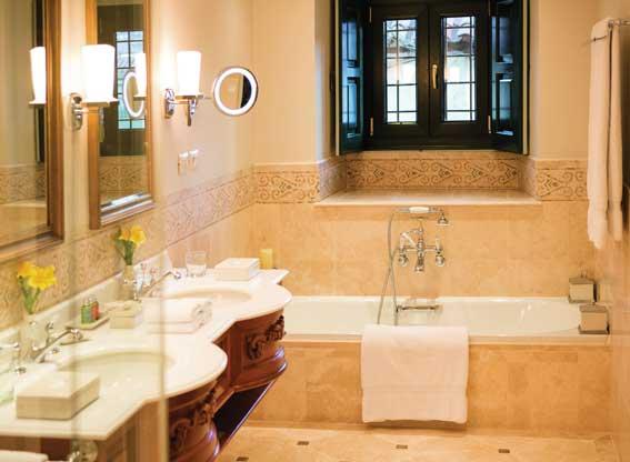 Bathroom at Hotel Monasterio