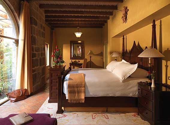 Bedroom at Hotel Monasterio