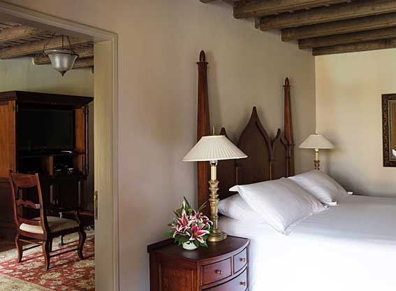 One Bed Suite at Hotel Monasterio