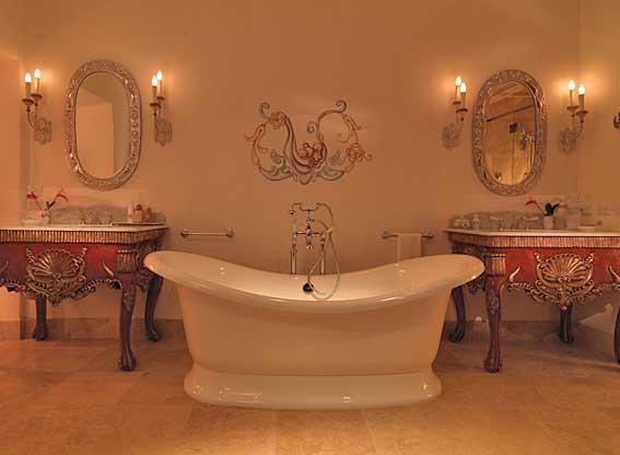 Belmond Palacio Nazarenas Signature Suite Bathroom