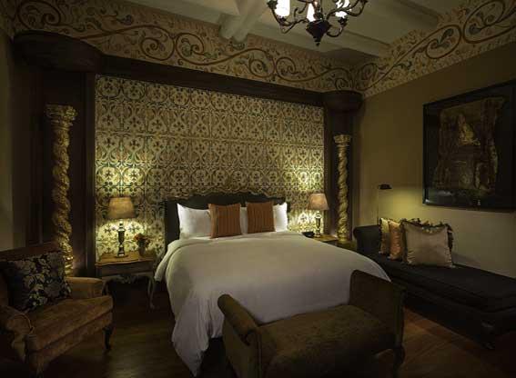 Palacio del Inka Suite Bedroom