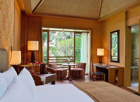 Bedroom at Tambo del Inka
