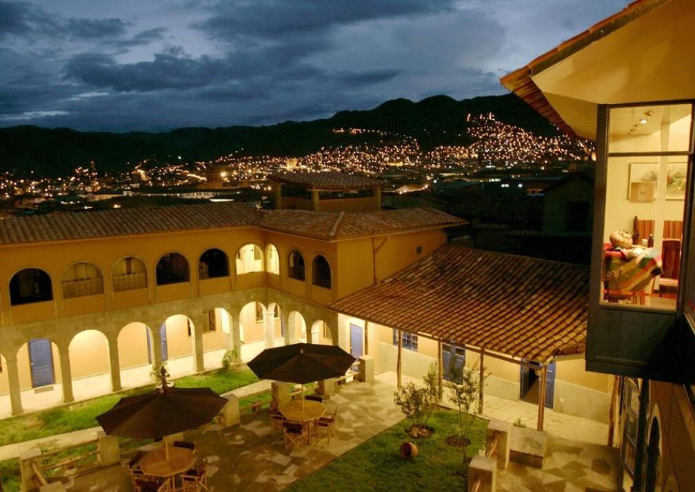 Casa Andina Cusco Plaza Courtyard