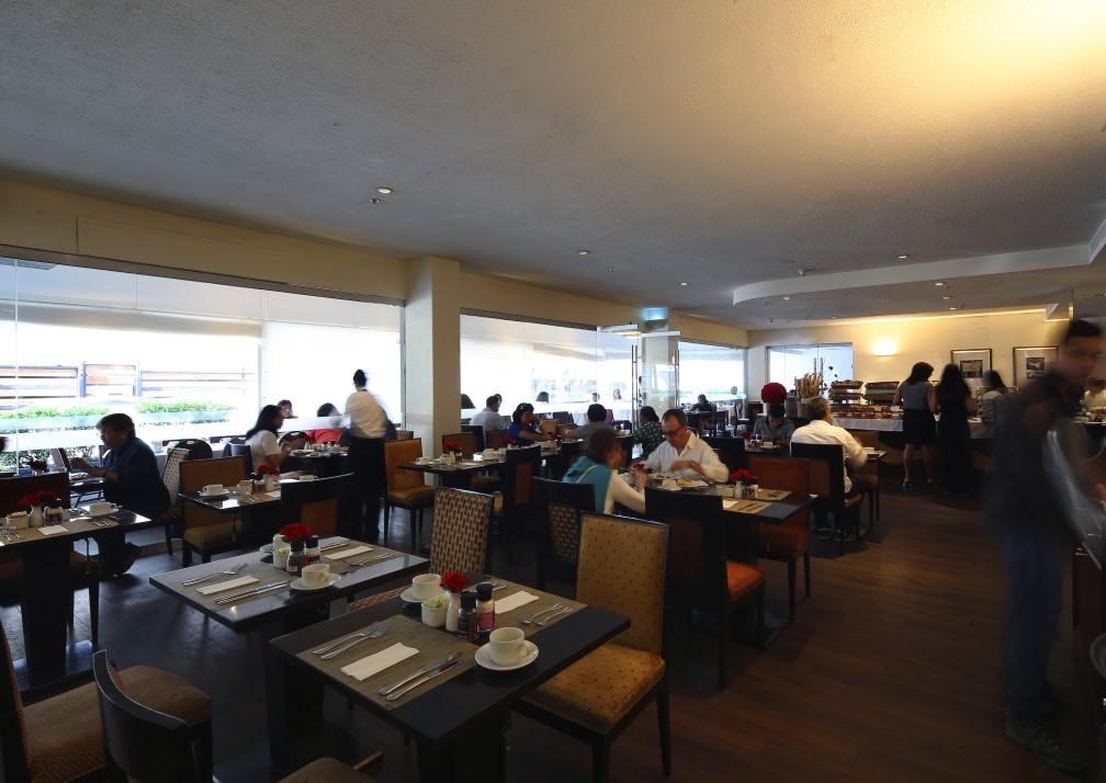 CAP-Miraflores-dining