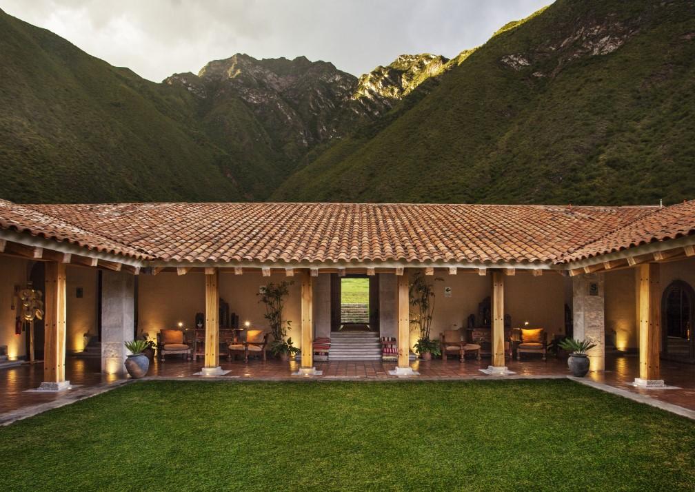Inkaterra Hacienda Urubamba Courtyard