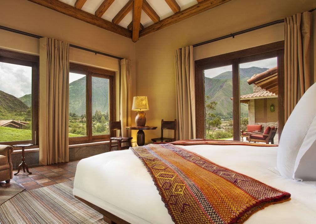 Inkaterra Hacienda Urubamba Bedroom
