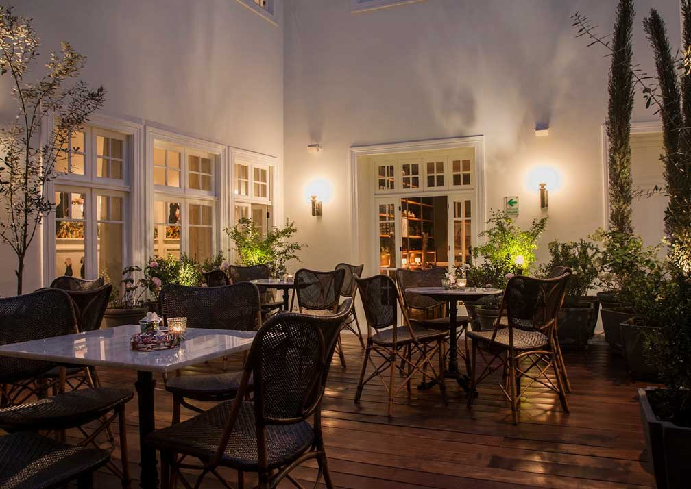 HotelB-dining