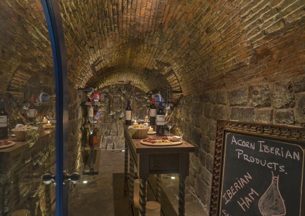 Palacio del Inka Cellar