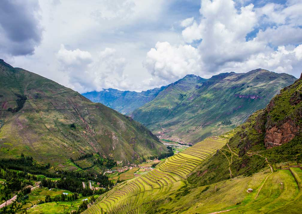 Pisac-valley-view