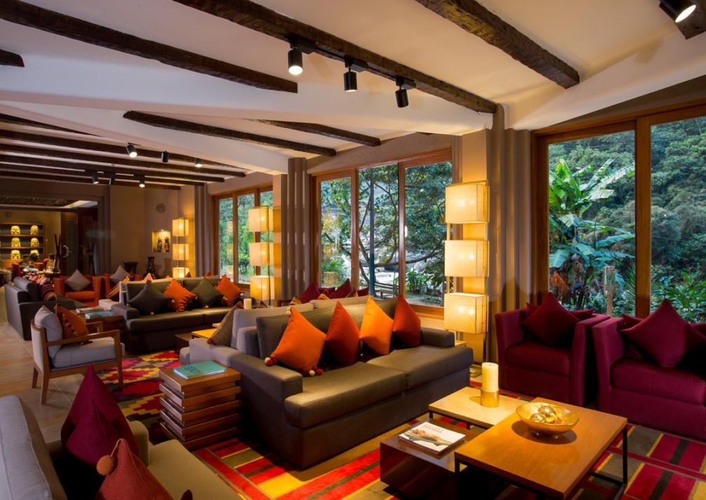 Samaq Hotel Lobby