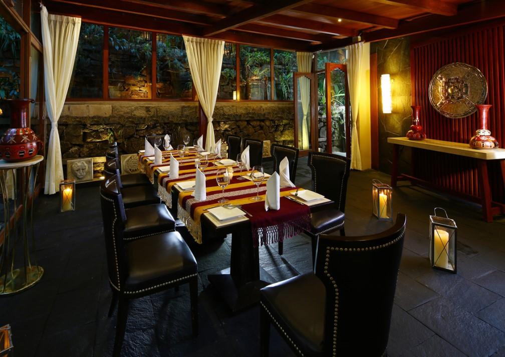 Samaq Hotel Terrace