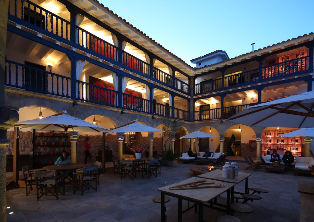 El Mercado Courtyard