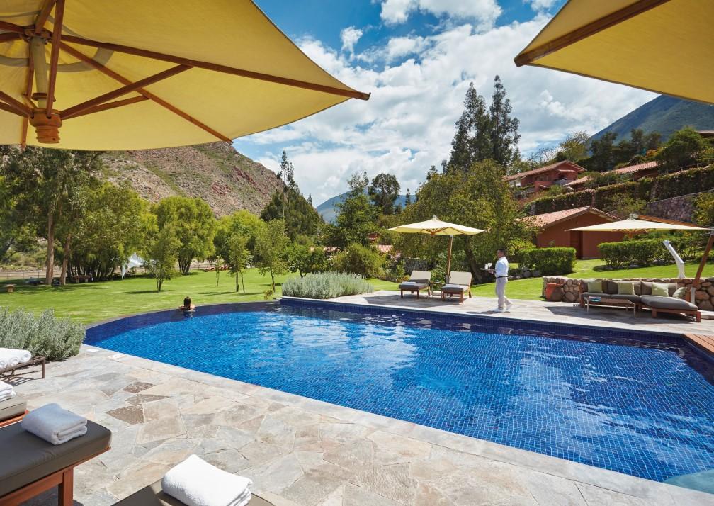 Hotel Rio Sagrado pool