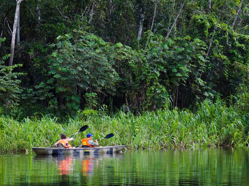 Iquitos-canoeing-19