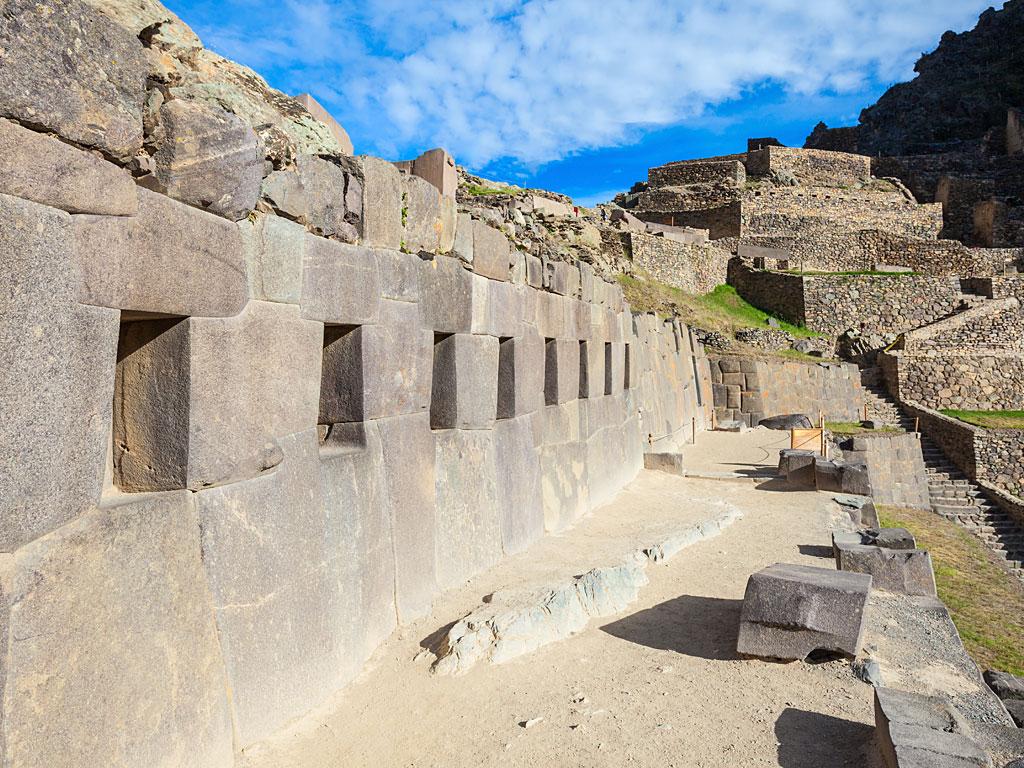 Ollantaytambo-ruins-1-19