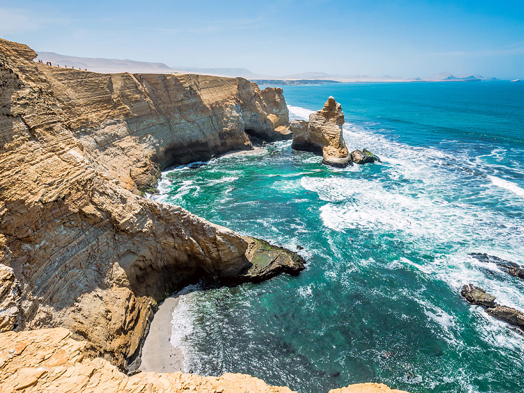 paracas-cathedral-rock1-19